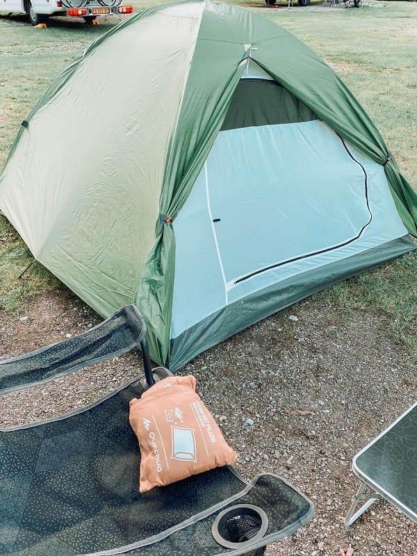 la tenda di prima mattina, lago di Ledro cosa vedere