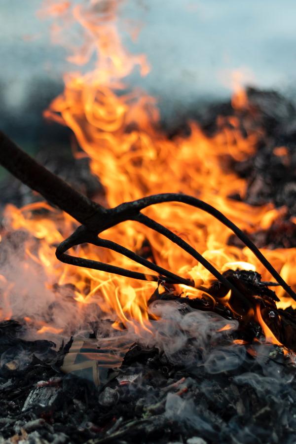 fuoco sacro, la storia di Halloween