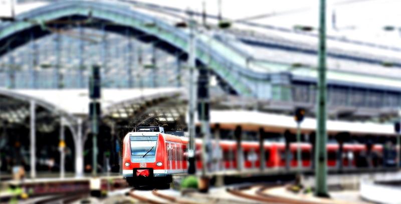 viaggiare in treno low cost