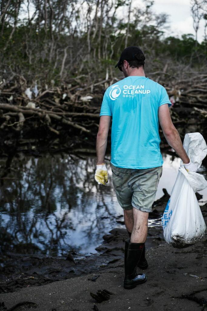 plastica in mare. Davvero non riusciamo a vivere in un mondo plastic free?