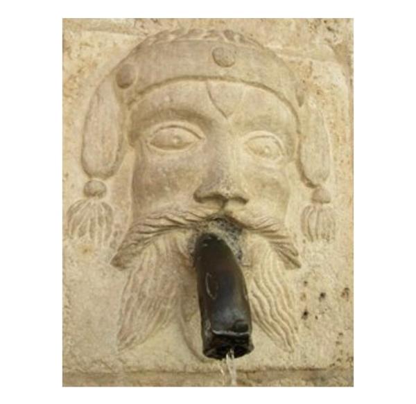 cosa vedere a Scanno: una delle cannelle della fontana di Sarracco